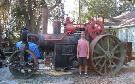 Dan_Itatani_1924_Austin_12_ton_steam_roller_-521x325.jpg